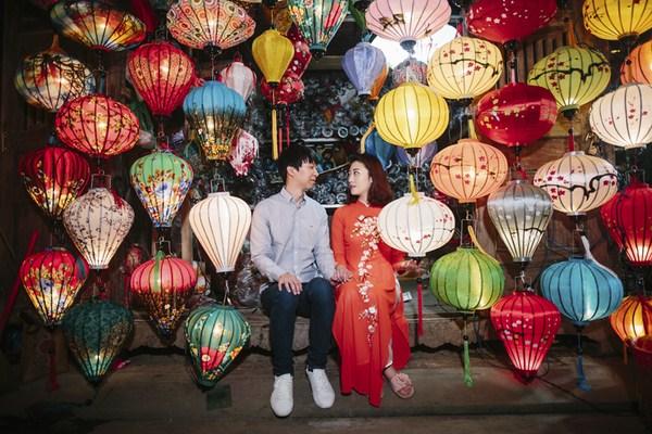 honeymoon photographer in Da Nang
